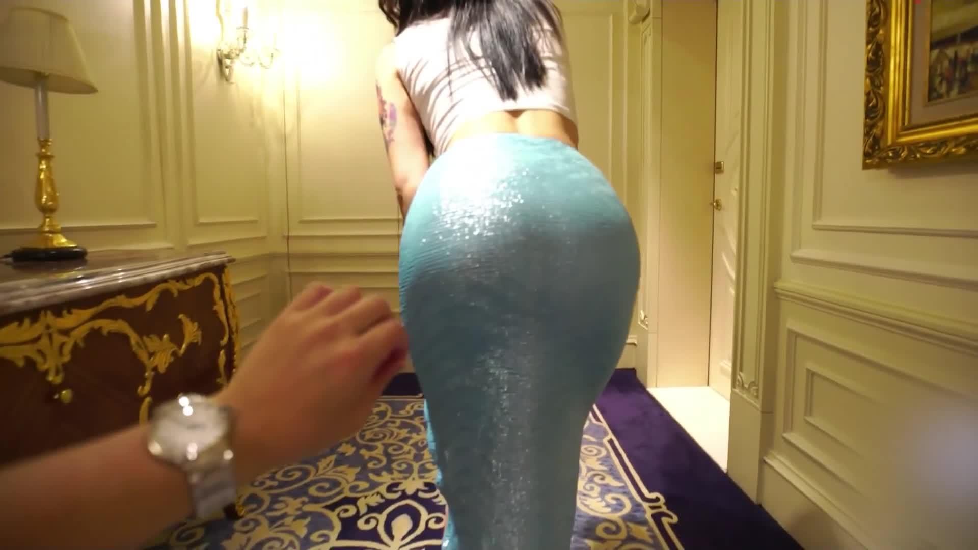 【写真花絮】VN.057 蓝色超短裙肉色丝袜写真拍摄花絮视频 blue miniskirt pantyhose sexy portrait videobehind the scene